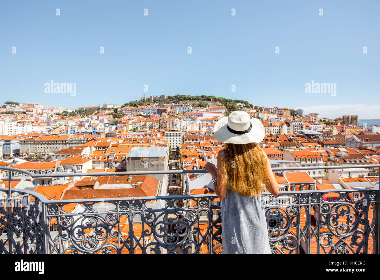 Woman traveling in Lisbon, Portugal - Stock Image