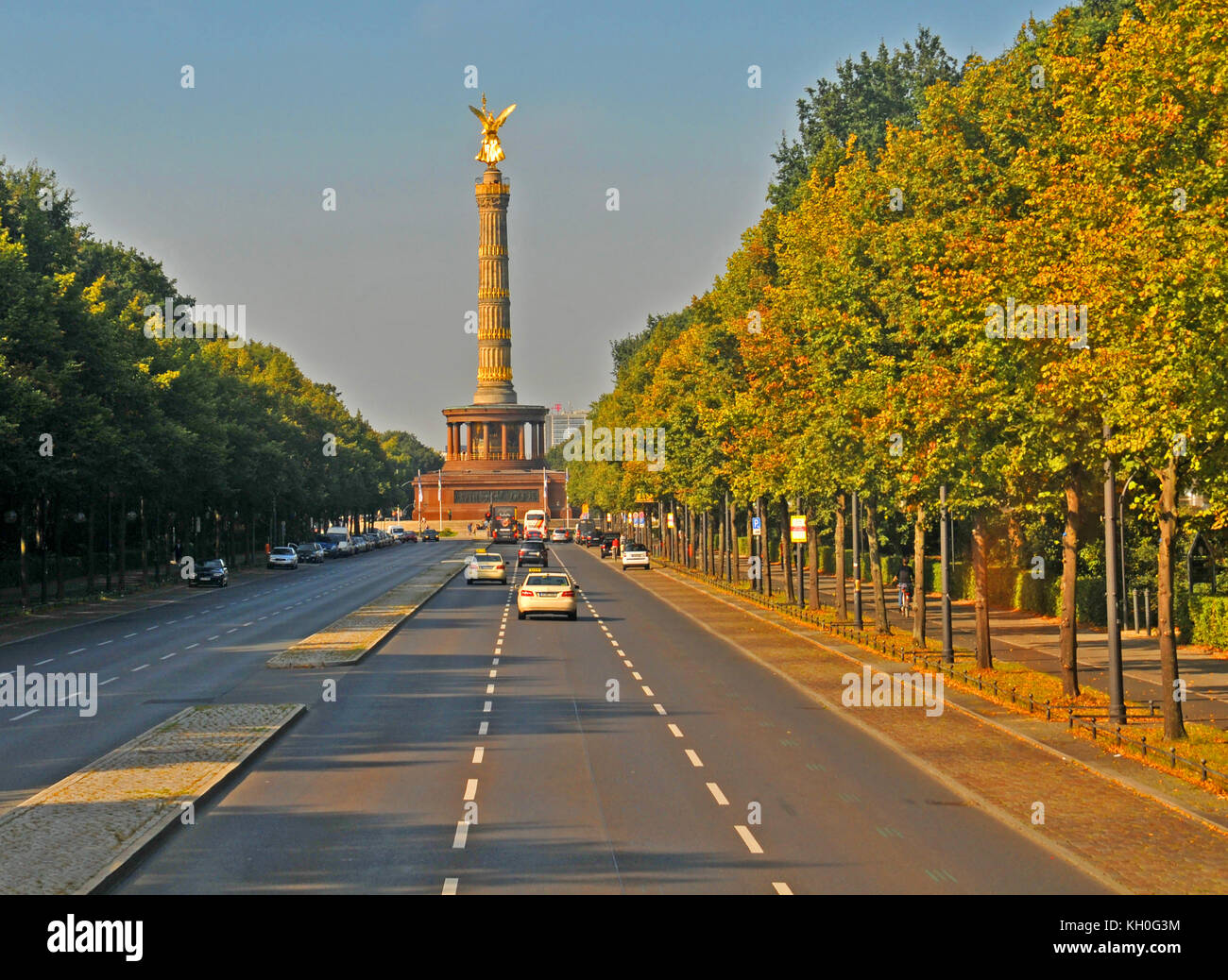 berlin germany grosser tiergarten stock photos berlin germany grosser tiergarten stock images. Black Bedroom Furniture Sets. Home Design Ideas