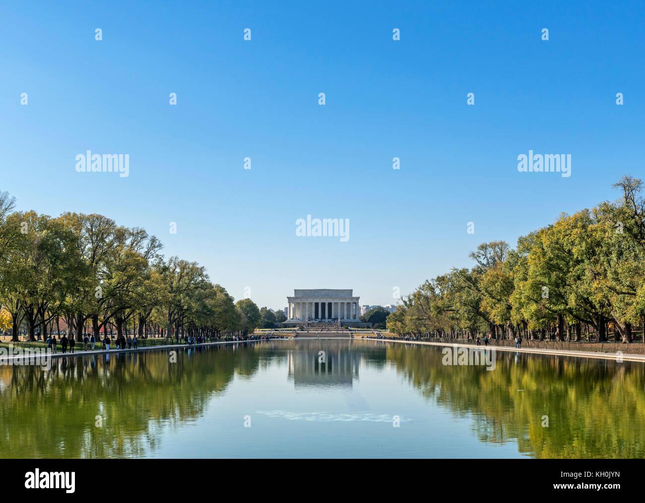 The Lincoln Memorial and Reflecting Pool, Washington DC, USA - Stock Image