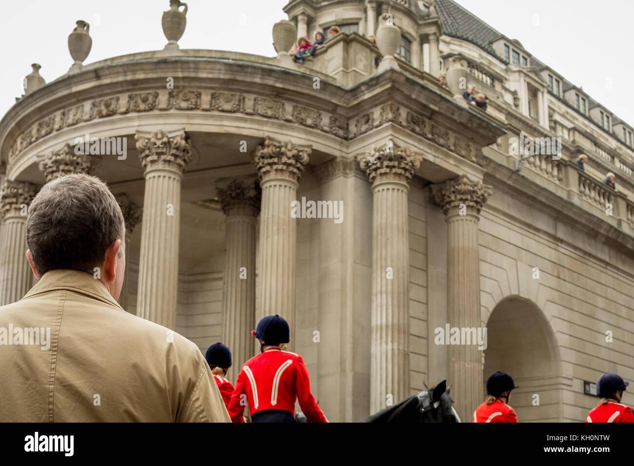 London, UK. 11th Nov, 2017. The Lord Mayor's Show through the City of London as the New Lord Mayor of London Charles - Stock Image