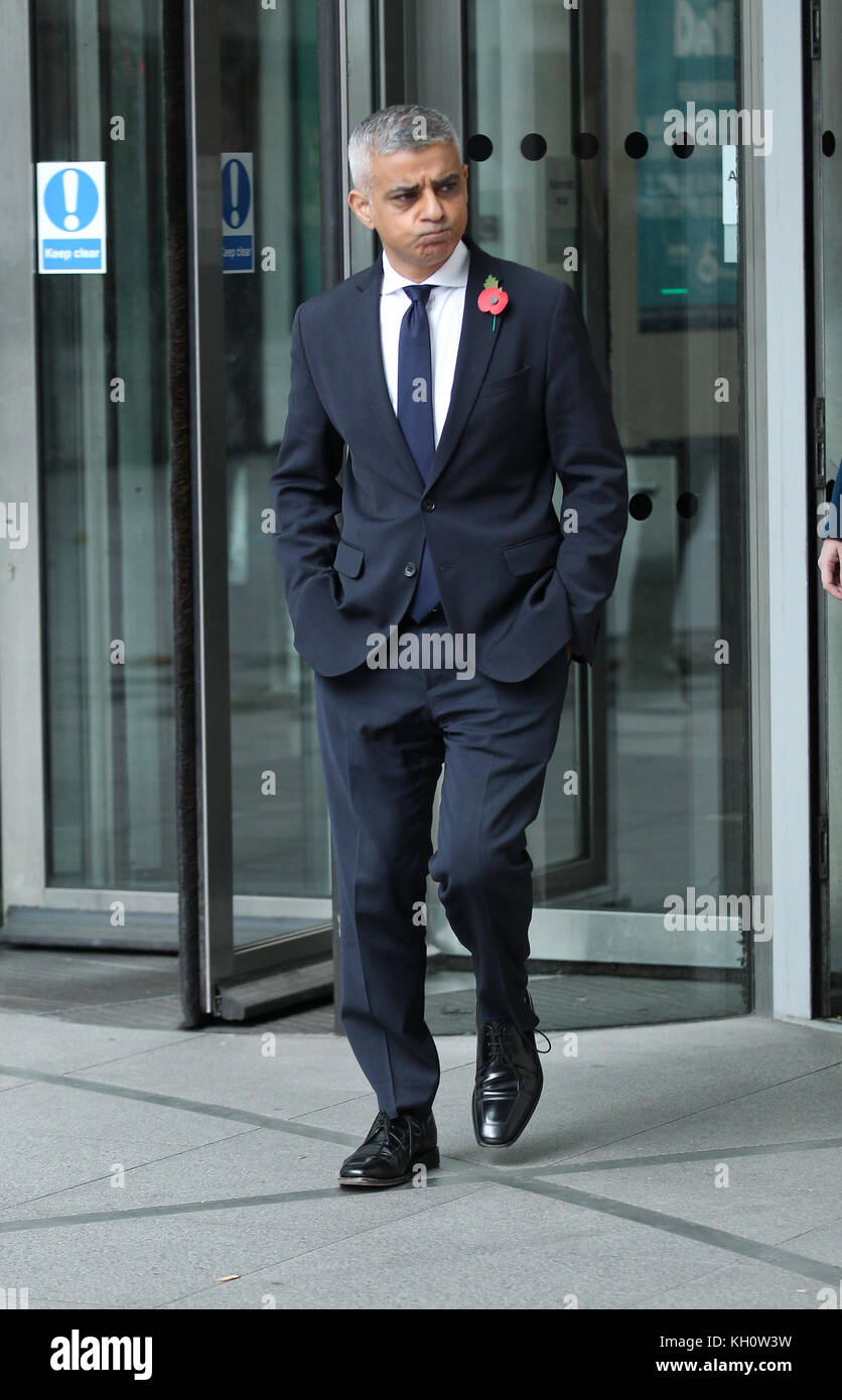 London, UK. 12th November, 2017. Sadiq Khan Mayor of London seen at the Andrew Marr Show at the BBC Studios in London - Stock Image
