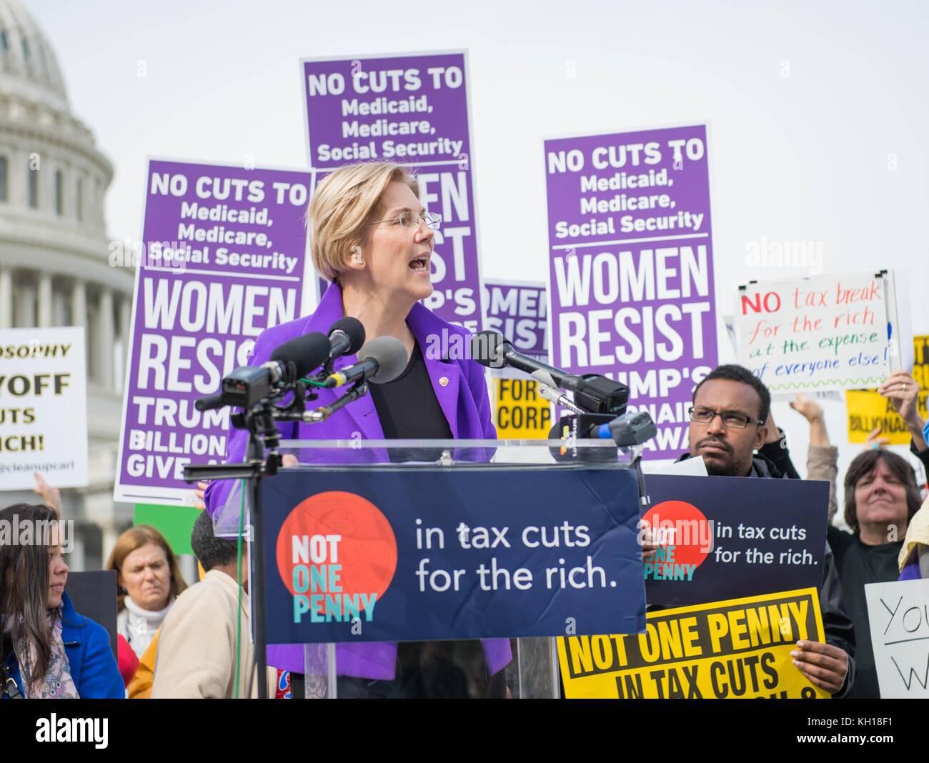 U.S. Massachusetts Senator Elizabeth Warren speaks during a Democratic rally in opposition to the Republican Tax Stock Photo