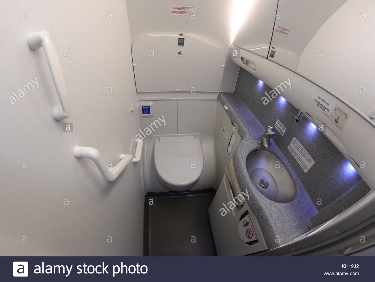 Bathroom of an aircraft Boeing 737-400. - Stock Image