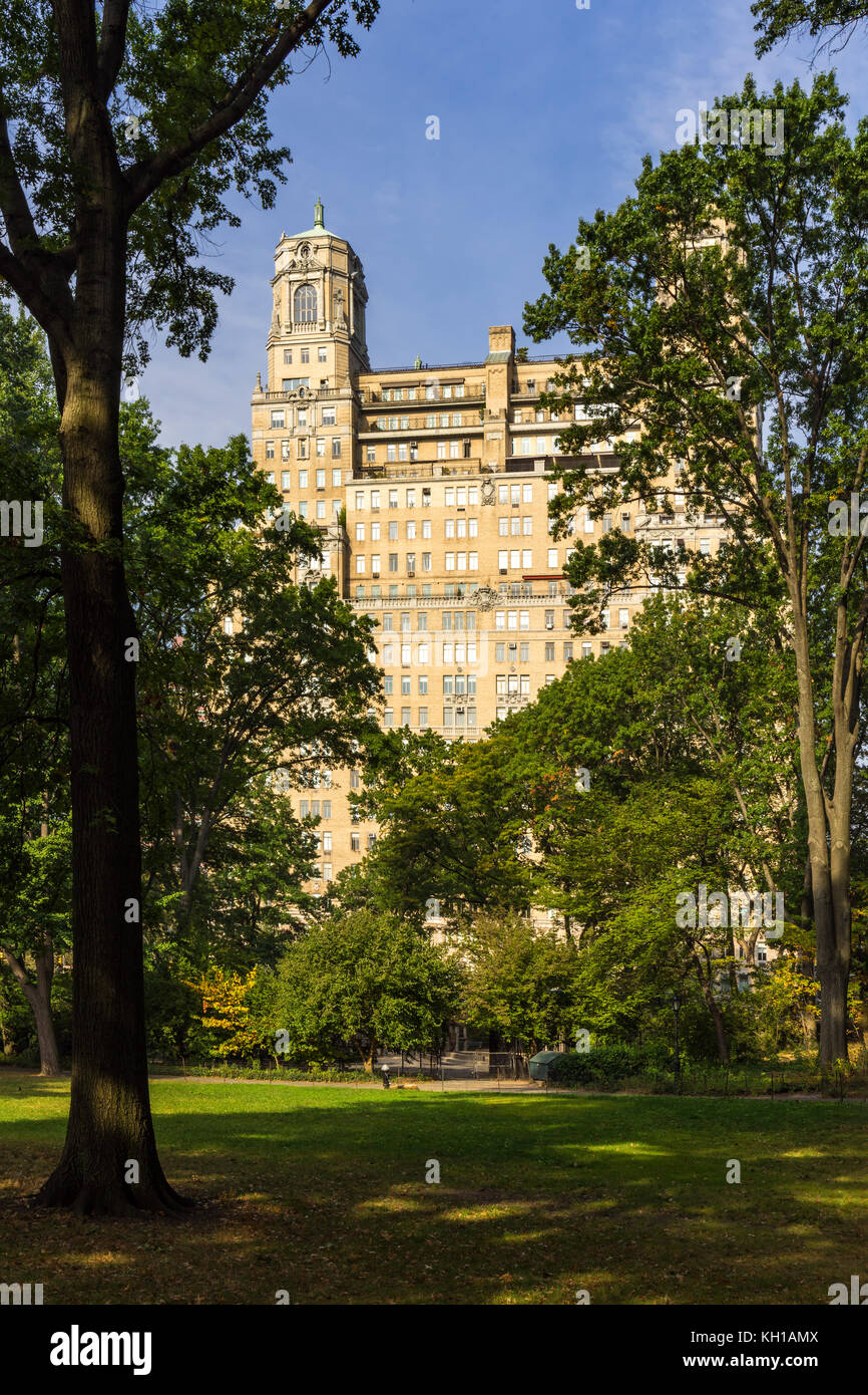 The Beresford from Central Park in Summer. Upper West Side, Manhattan, New York City - Stock Image