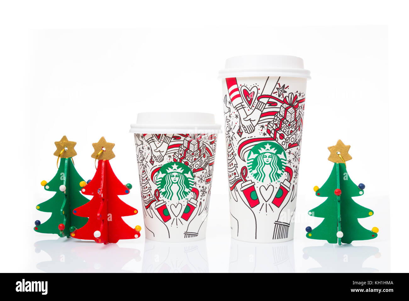 Starbucks Holidays Stock Photos & Starbucks Holidays Stock Images ...