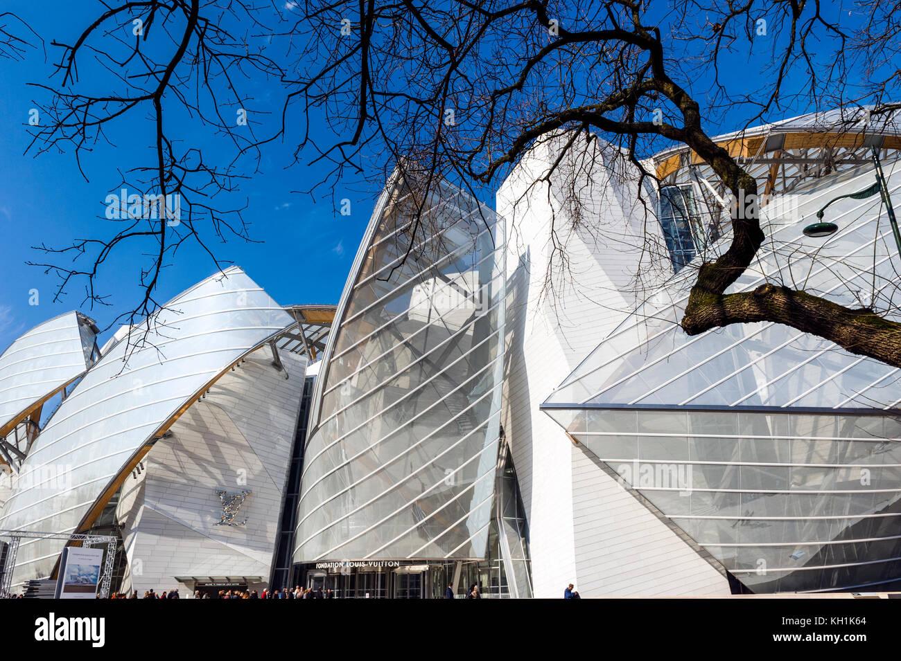 France. Paris (75), 8ème Arr. Fondation Louis Vuitton conceived by architect Frank O. Gehry in Paris, Bois de Boulogne Stock Photo
