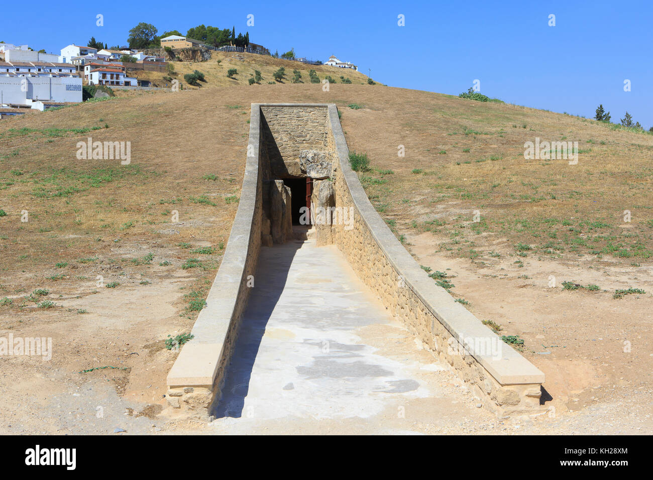Entrance to the Dolmen de Viera, dating from the 3rd millennium BCE in Antequera, Spain - Stock Image