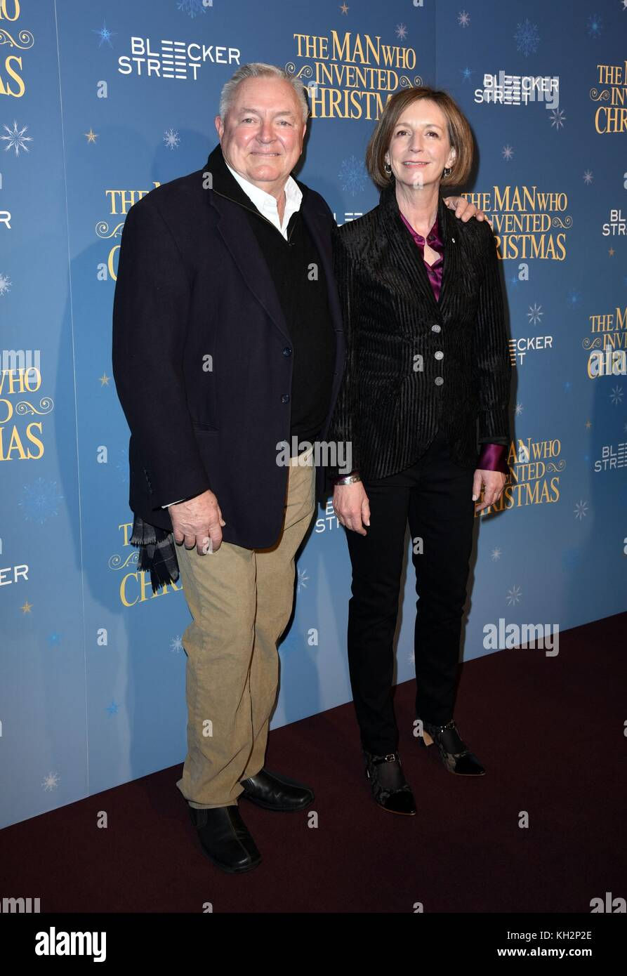 New York, NY, USA. 12th Nov, 2017. Lee Standiford, Susan Coyne at arrivals for THE MAN WHO INVENTED CHRISTMAS Premiere, - Stock Image
