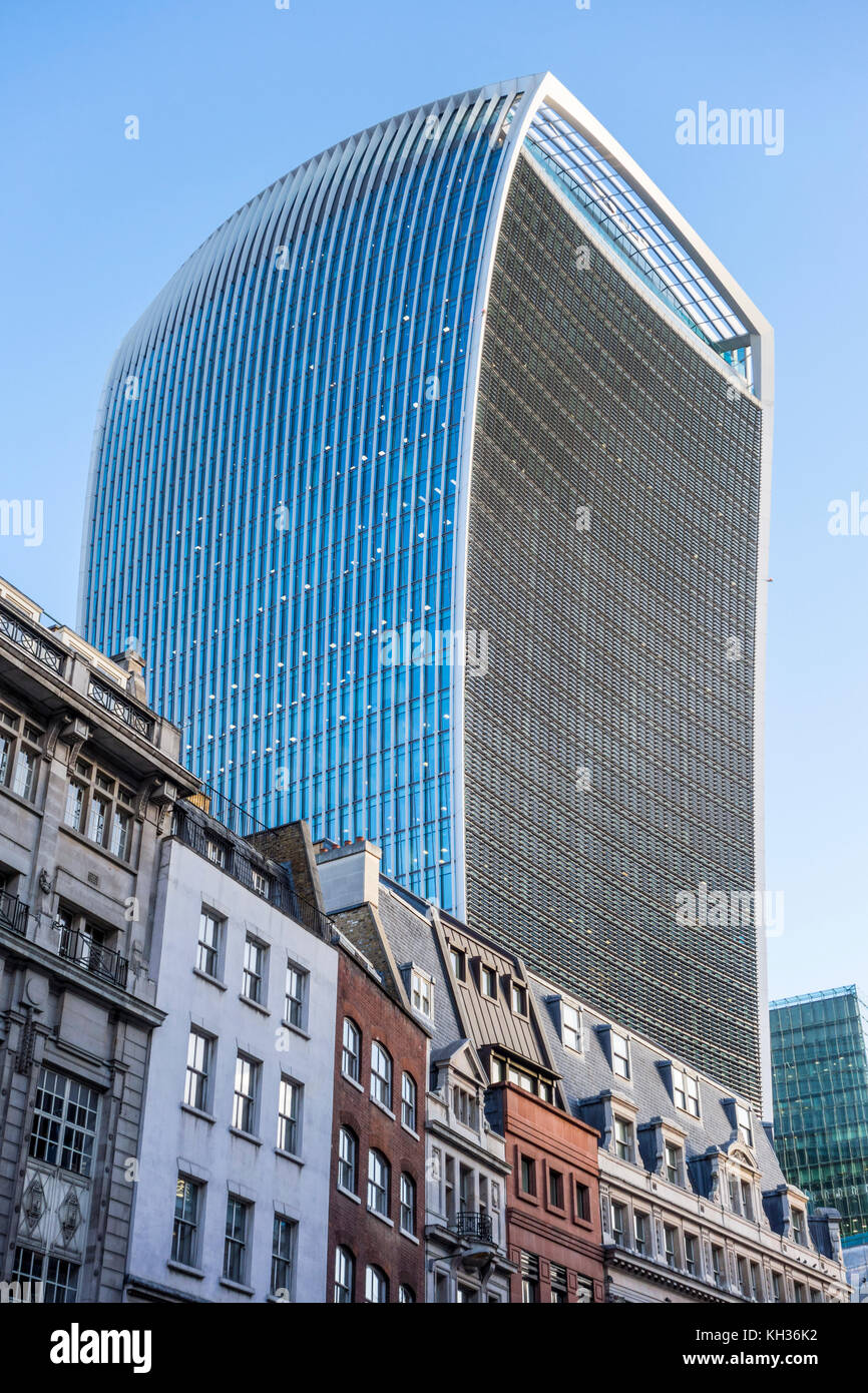 20 Fenchurch Street commercial skyscraper by Rafael Viñoly, nicknamed walkie-talkie building. City of London, - Stock Image