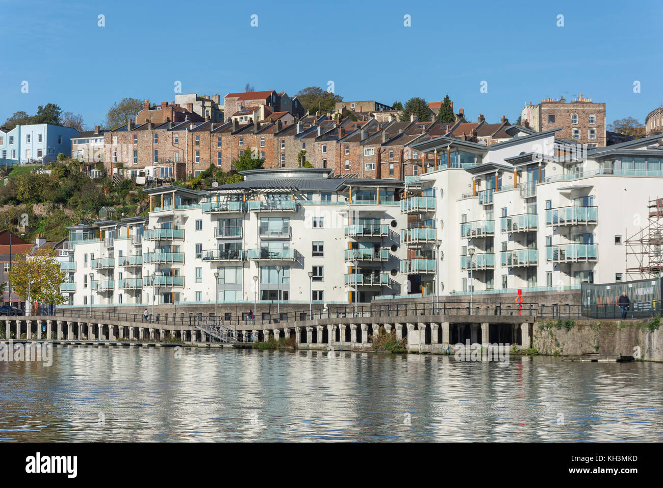 Modern Riverside apartments, Oporto Quay, Floating Harbour, Harbourside, Bristol, England, United Kingdom - Stock Image