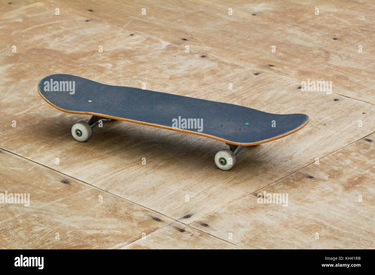 Tony Hawk Circuit Board Ramp Ask Answer Wiring Diagram Buy Hexbug Boards Remote Control Skateboard Assorted Professional Skateboarder Stock Photos Images Alamy Space Station Model Power