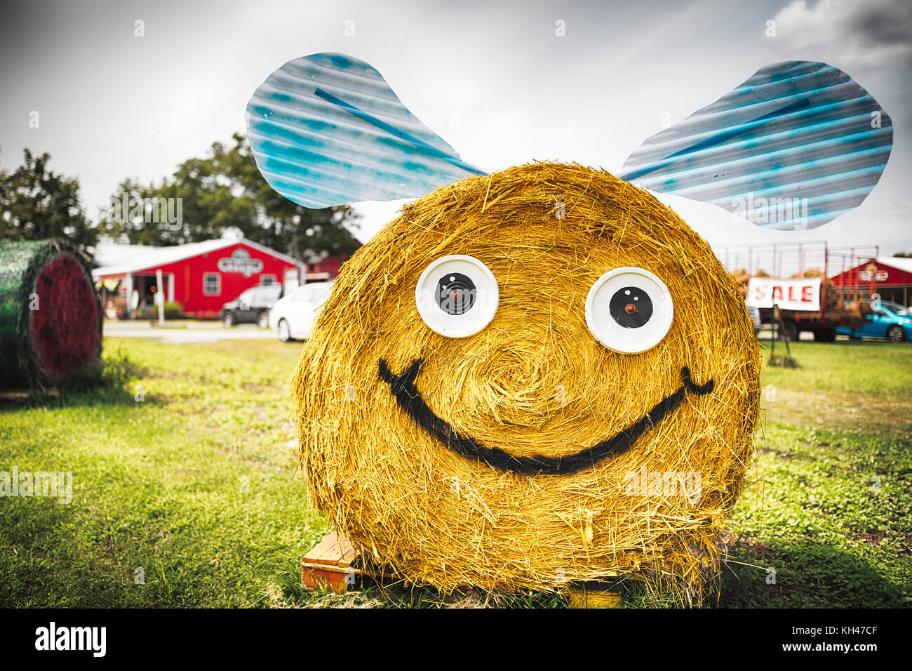 Hay Bale Decorationsa Bumble Bee Resemblance on a Farmstand, New Jersey - Stock Image