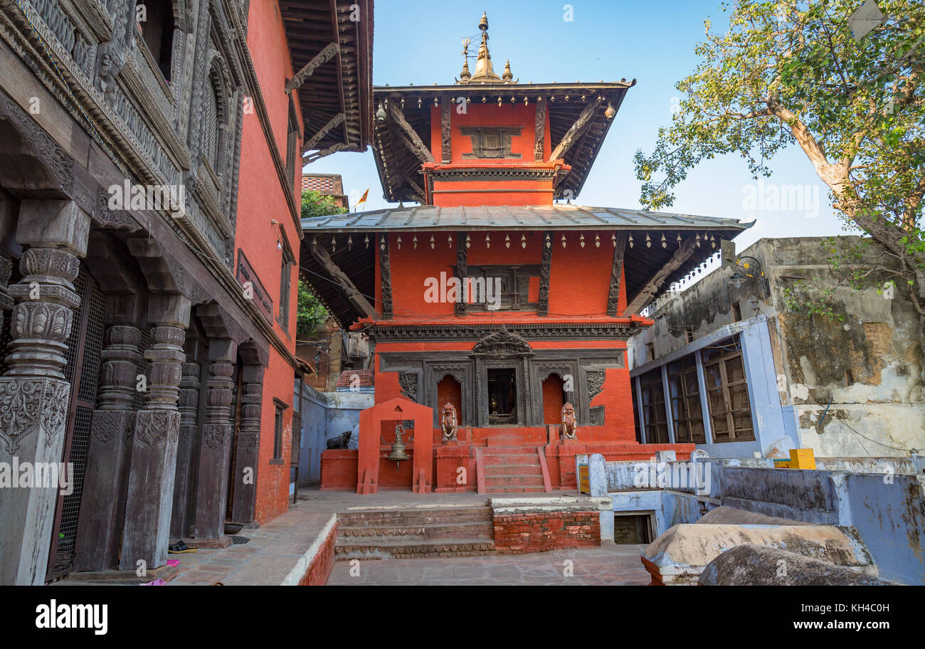 Ancient temple with intricate artwork of Hindu deities at Varanasi India Stock Photo