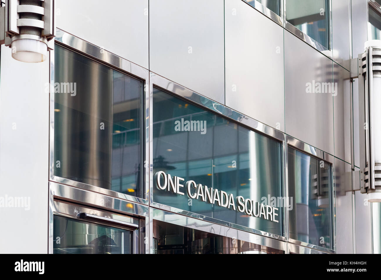 London, UK - November 24, 2017 - Sign of One Canada Square, a skyscraper in Canary Wharf - Stock Image
