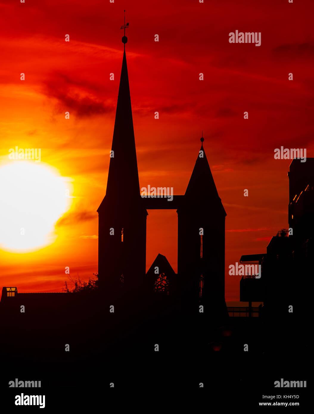 der Dom Halberstadt im Sonnenuntergang - Stock Image