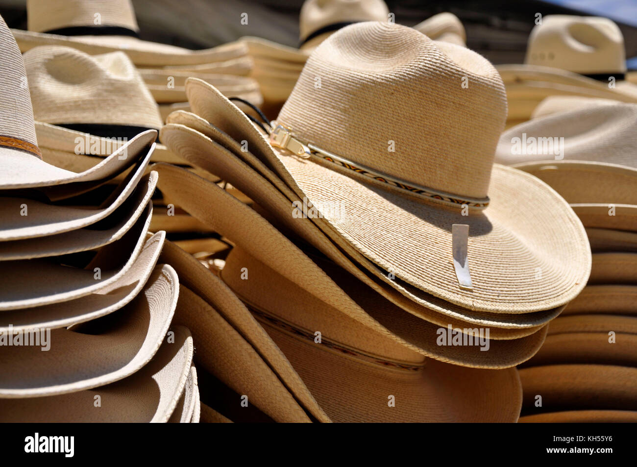 c0f6cda8aadc82 Stacks Of Cowboy Hats Stock Photos & Stacks Of Cowboy Hats Stock ...