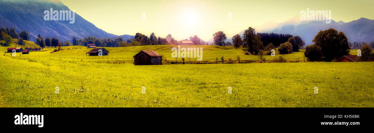 DE - BAVARIA: Alpine panoramic view near Ohlstadt - Stock Image