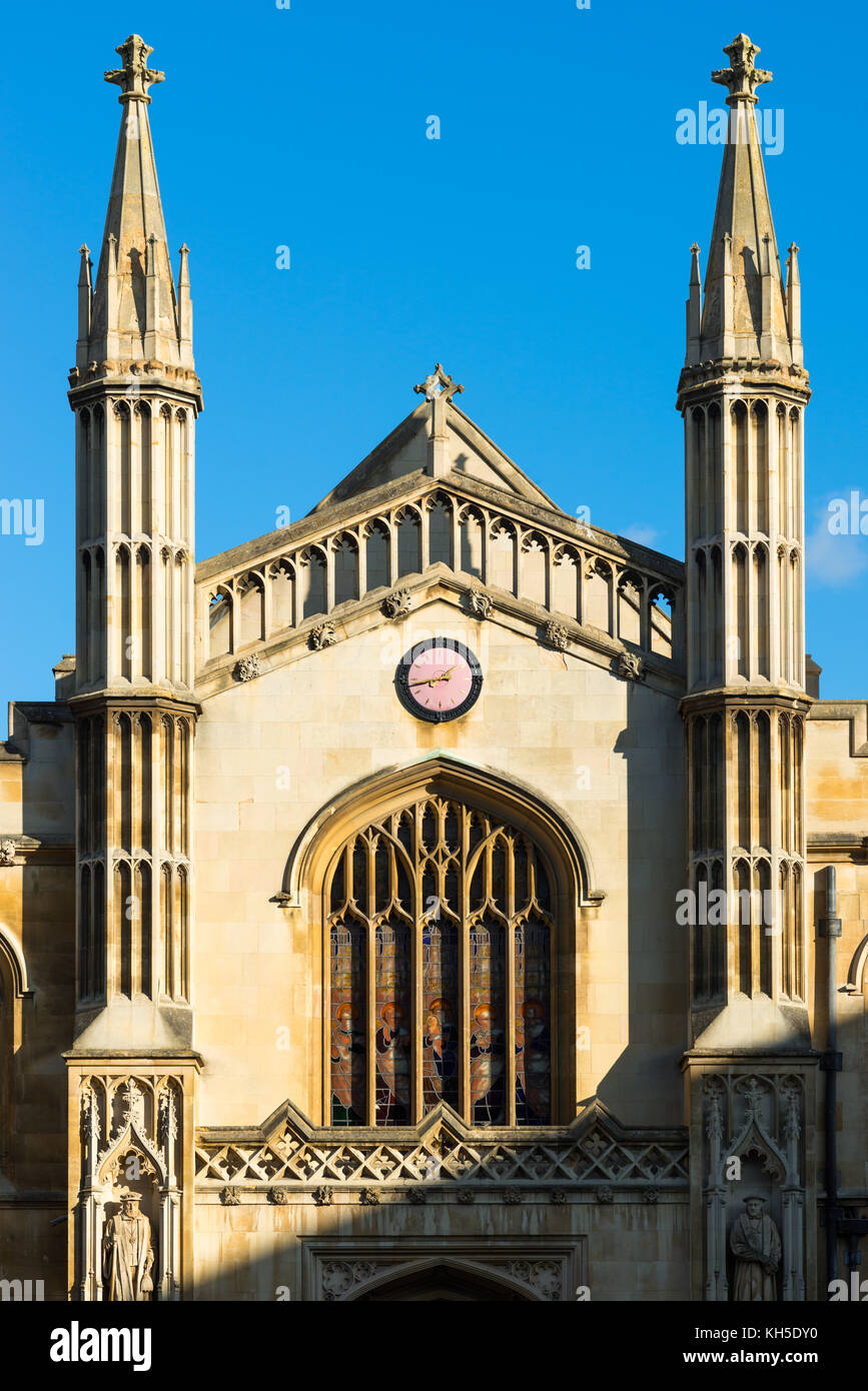 The chapel of Corpus Christi College Cambridge University viewed through the entrance. Cambridgeshire, England. - Stock Image