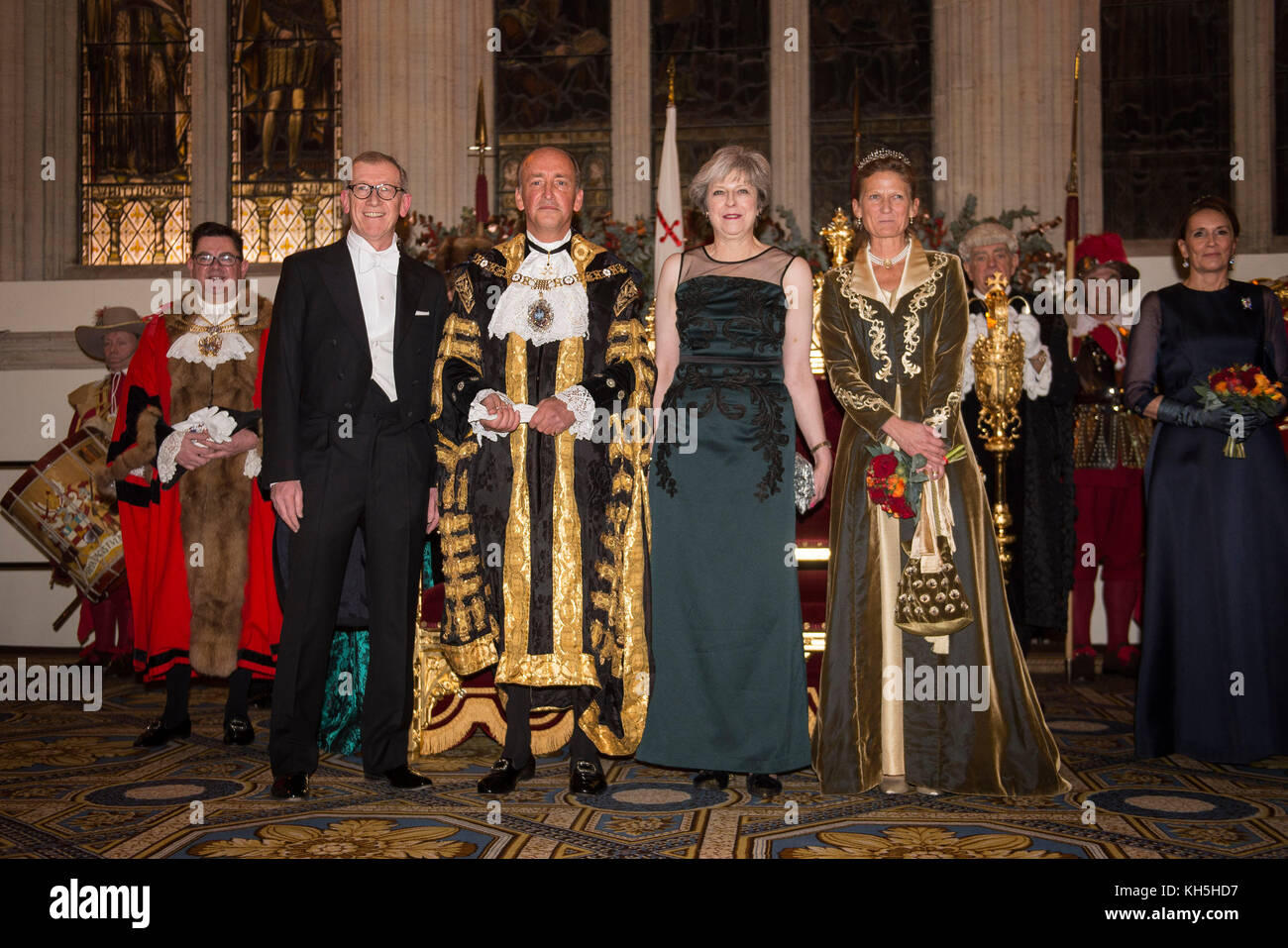 Prime Minister Theresa May and her husband Philip with new Lord Mayor of London Charles Bowman and wife Samantha - Stock Image