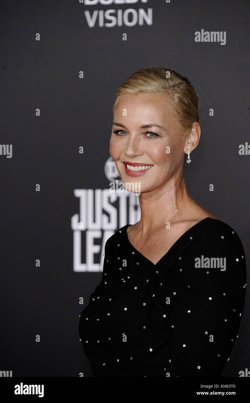 Los Angeles, CA, USA. 13th Nov, 2017. Connie Nielson at arrivals for JUSTICE LEAGUE Premiere, The Dolby Theatre - Stock Image