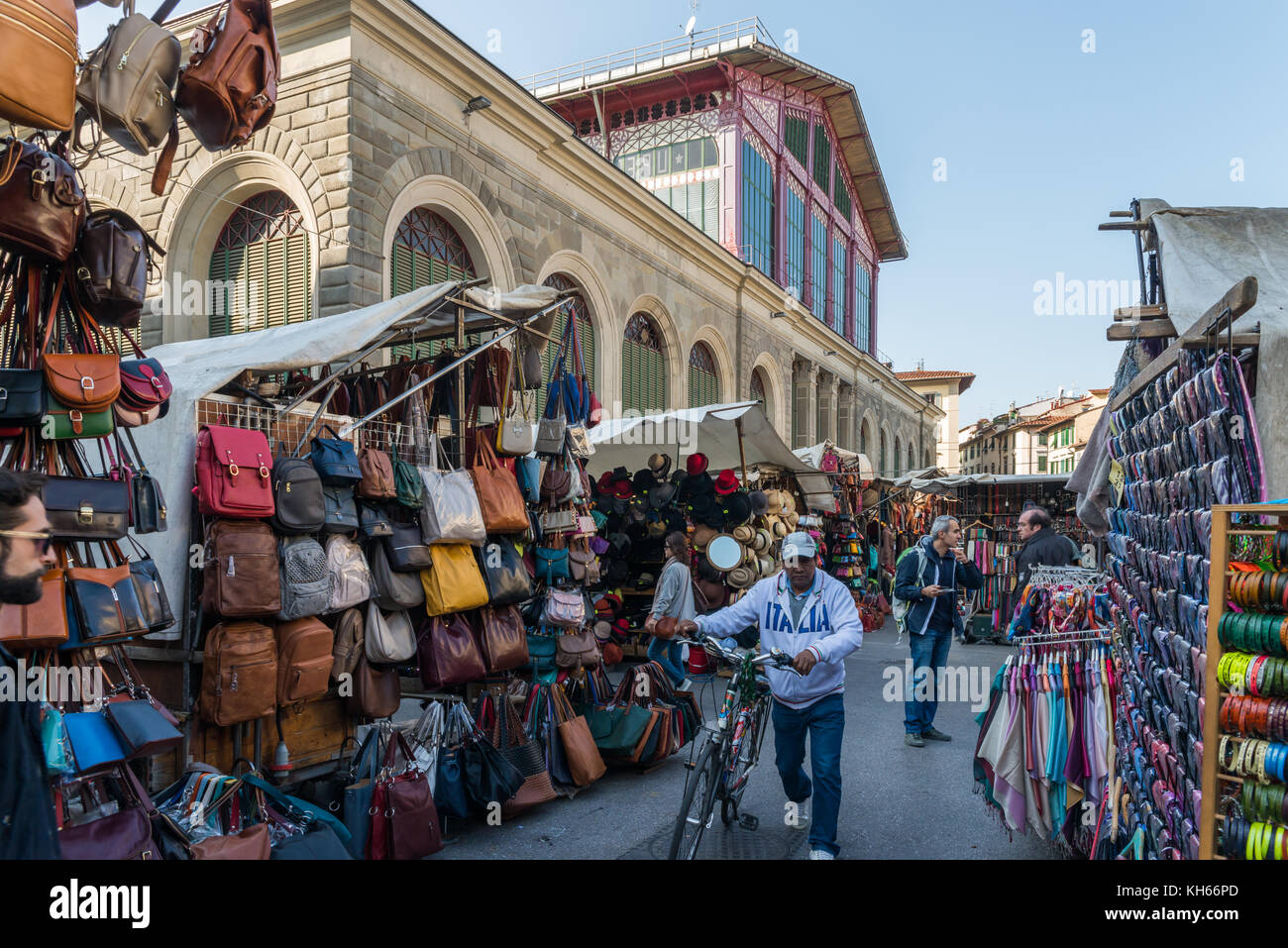Street market in Florence, Tuscany, Italy in front of the Mercato Centrale - Stock Image