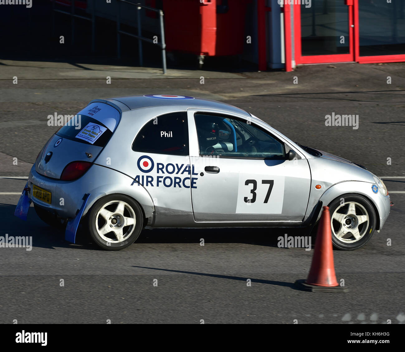 Phil Bruce Tom Roberts Ford Ka Mgj Rally Stages Chelmsford Motor Club Brands Hatch Saturday St January  Msv Rally Racing Rallying O