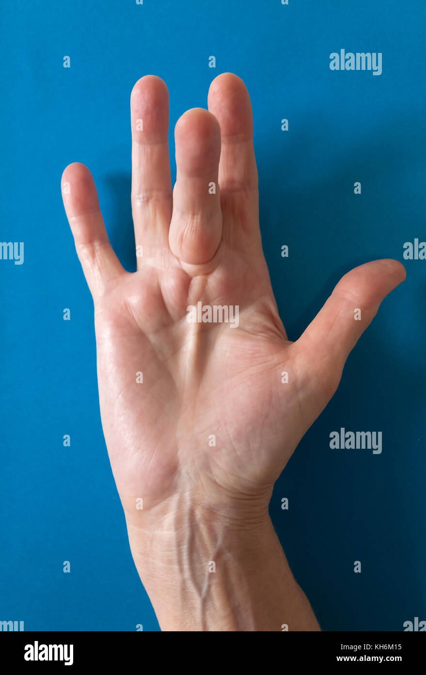 Fingers Bent Stock Photos & Fingers Bent Stock Images - Alamy