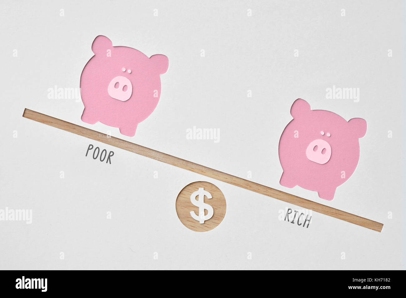 Poor and rich piggy banks - Inequality concept - Stock Image
