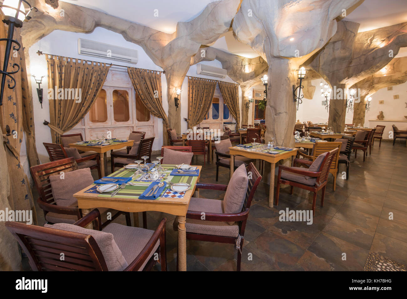 Interior Design Of A Luxury Hotel Restaurant Dining Area With Ornate Stock Photo Alamy