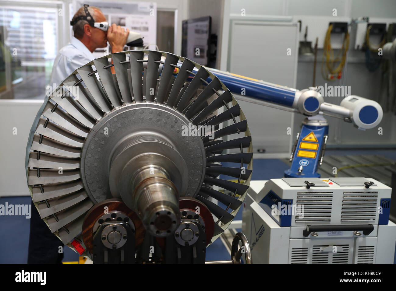 A steam turbine rotor is repaired at the Siemens workshop in Stock