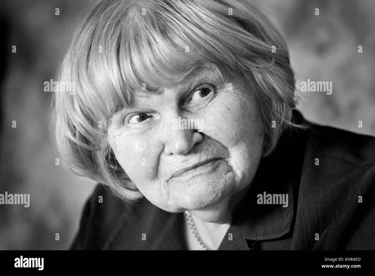 Photographer Jane Bown (13 March 1925 – 21 December 2014), B&W portrait - Stock Image