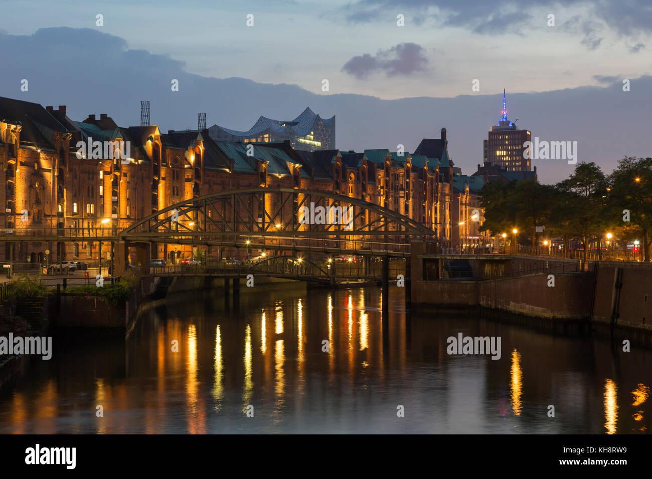Zollkanal and Speicherstadt, warehouse district in the Hafencity quarter, port of Hamburg, Germany - Stock Image