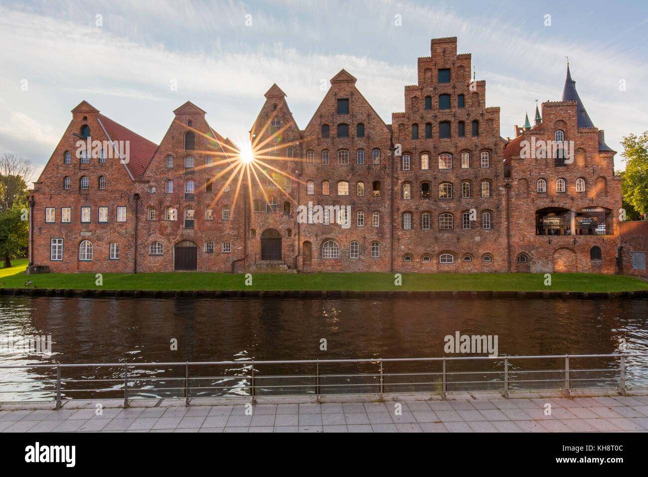 Salzspeicher / salt storehouses along the Upper Trave River in the Hanseatic town Lübeck / Luebeck, Schleswig - Stock Image