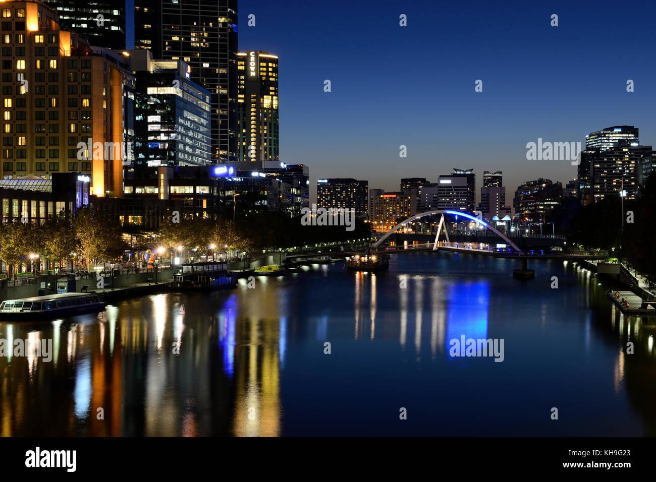 Southbank Precinct and Evan Walker Bridge on Yarra River by night - Melbourne, Victoria, Australia - Stock Image