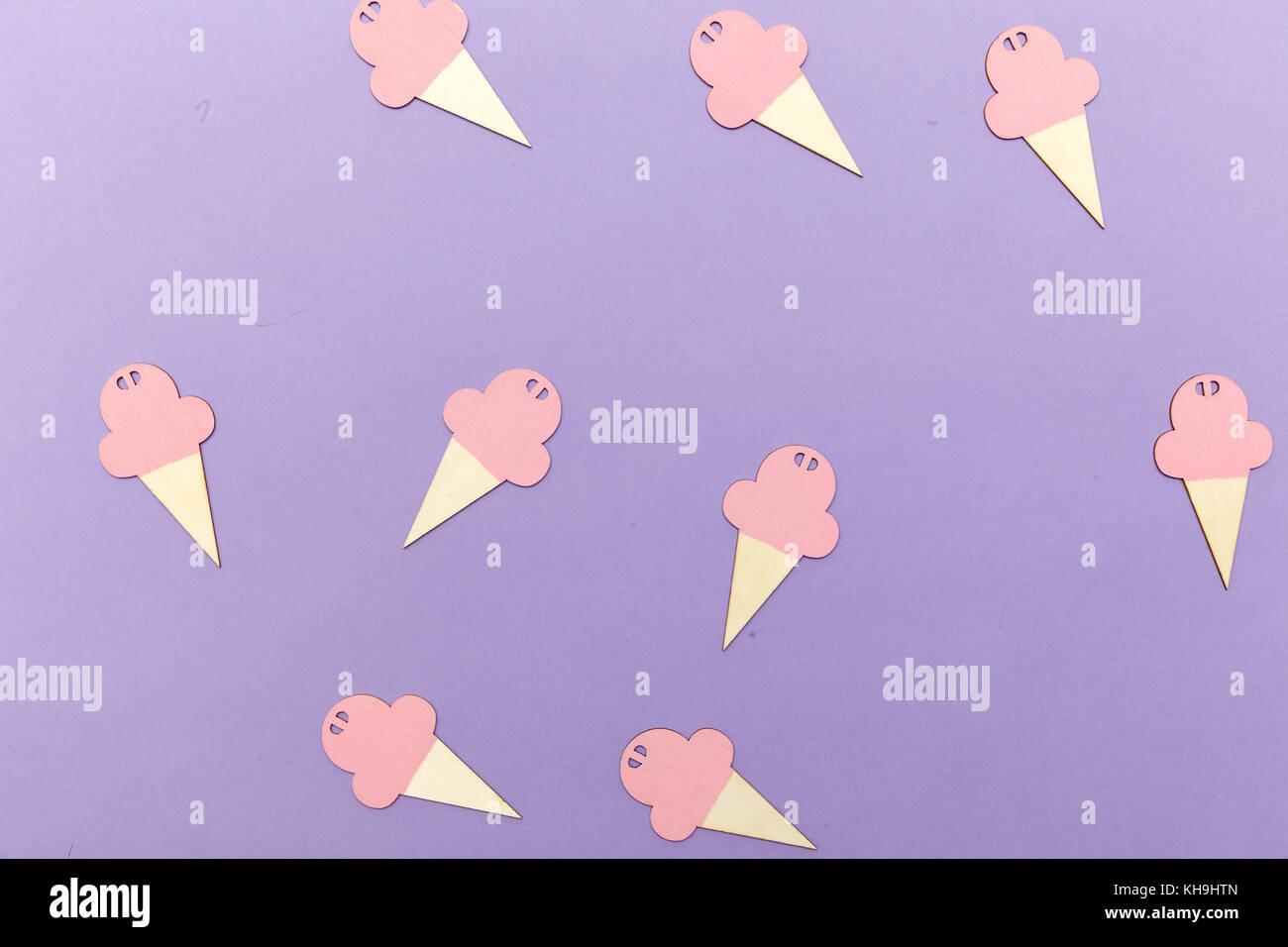 Cutouts Stock Photos & Cutouts Stock Images - Alamy