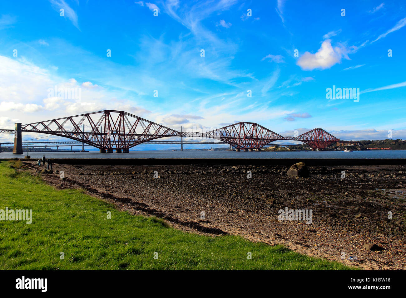 Forth Bridges, Whitehouse Bay, South Queensferry, Edinburgh, Scotland, UK - Stock Image