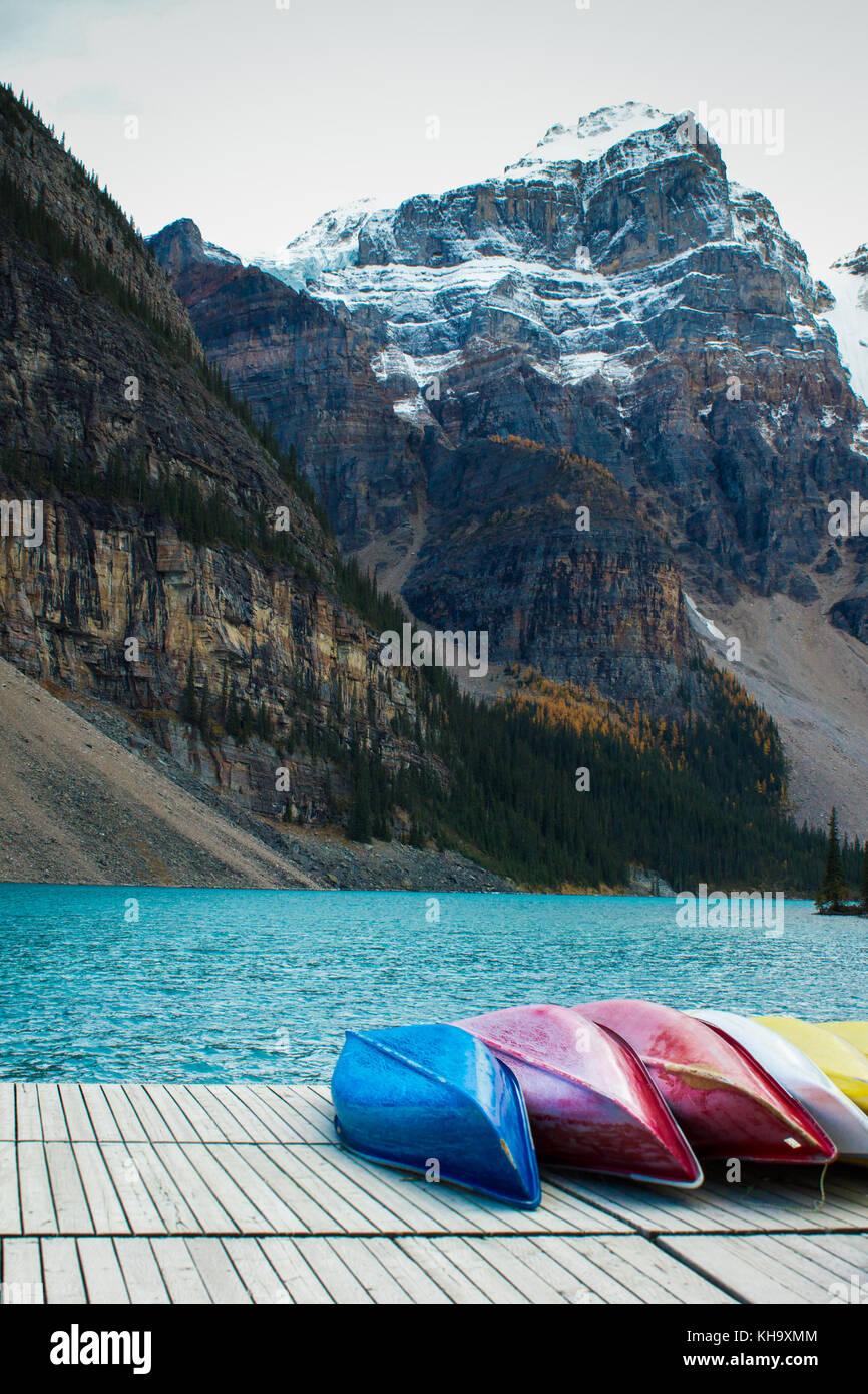 Ten canoes belonging essay