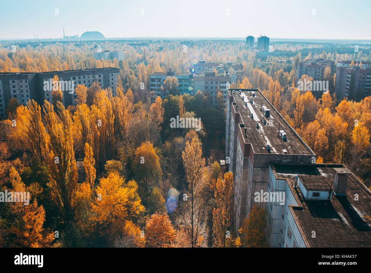 view from a rooftop looking down over the former postcard, idealised Soviet village of Pripyat, where many Chernobyl - Stock Image