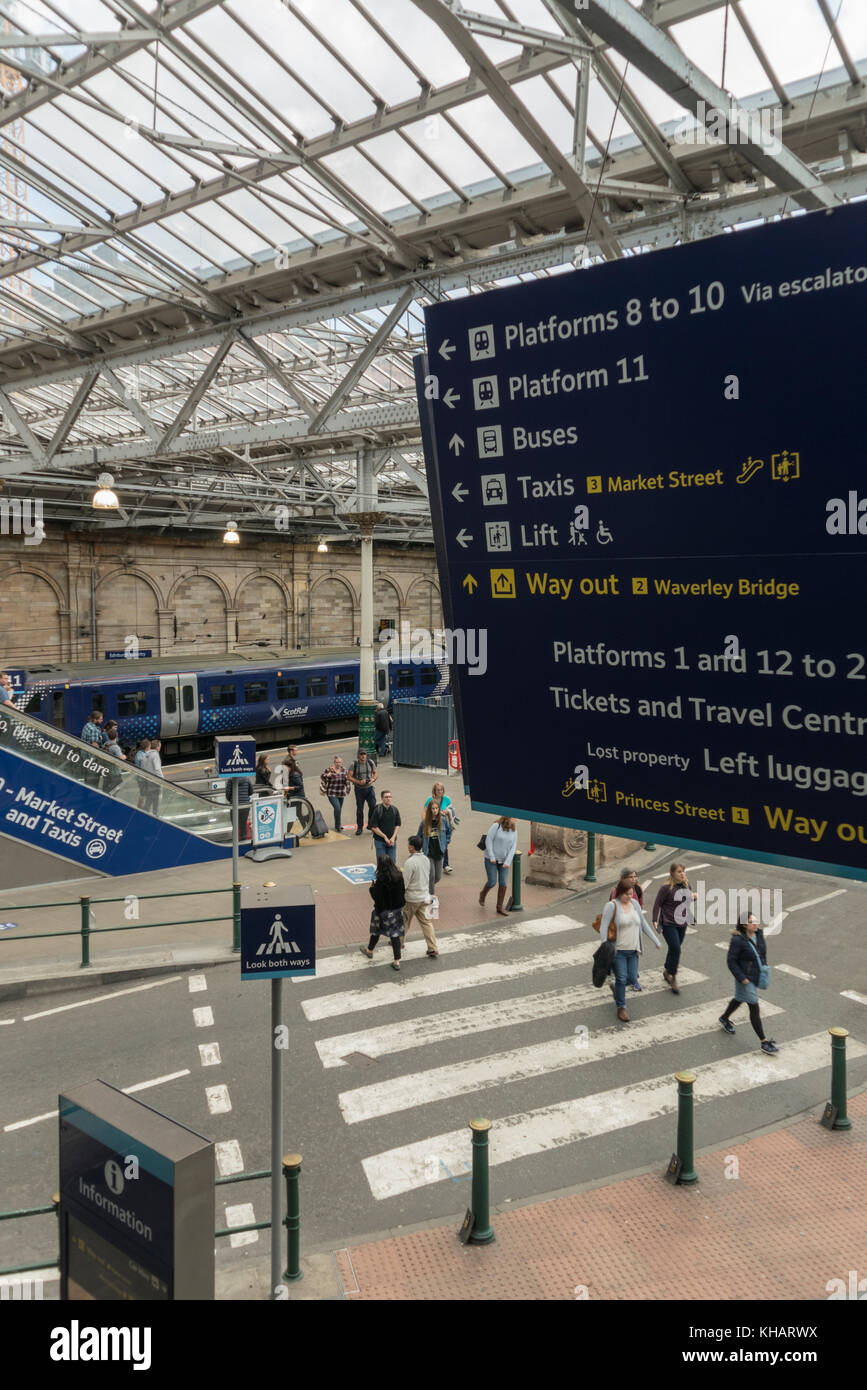 New information signs and improved pedestrian routes at Waverley Station, Edinburgh,Scotland,UK - Stock Image