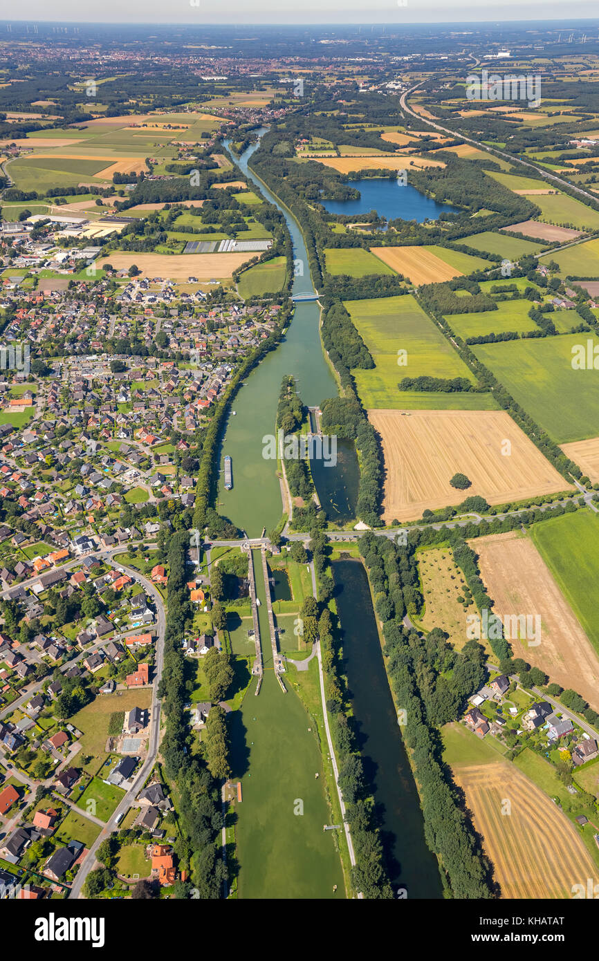 Node to the Midland Canal, sluice at the Dortmund-Ems Canal, canal junction, on the wet triangle Ibbenbueren, North - Stock Image