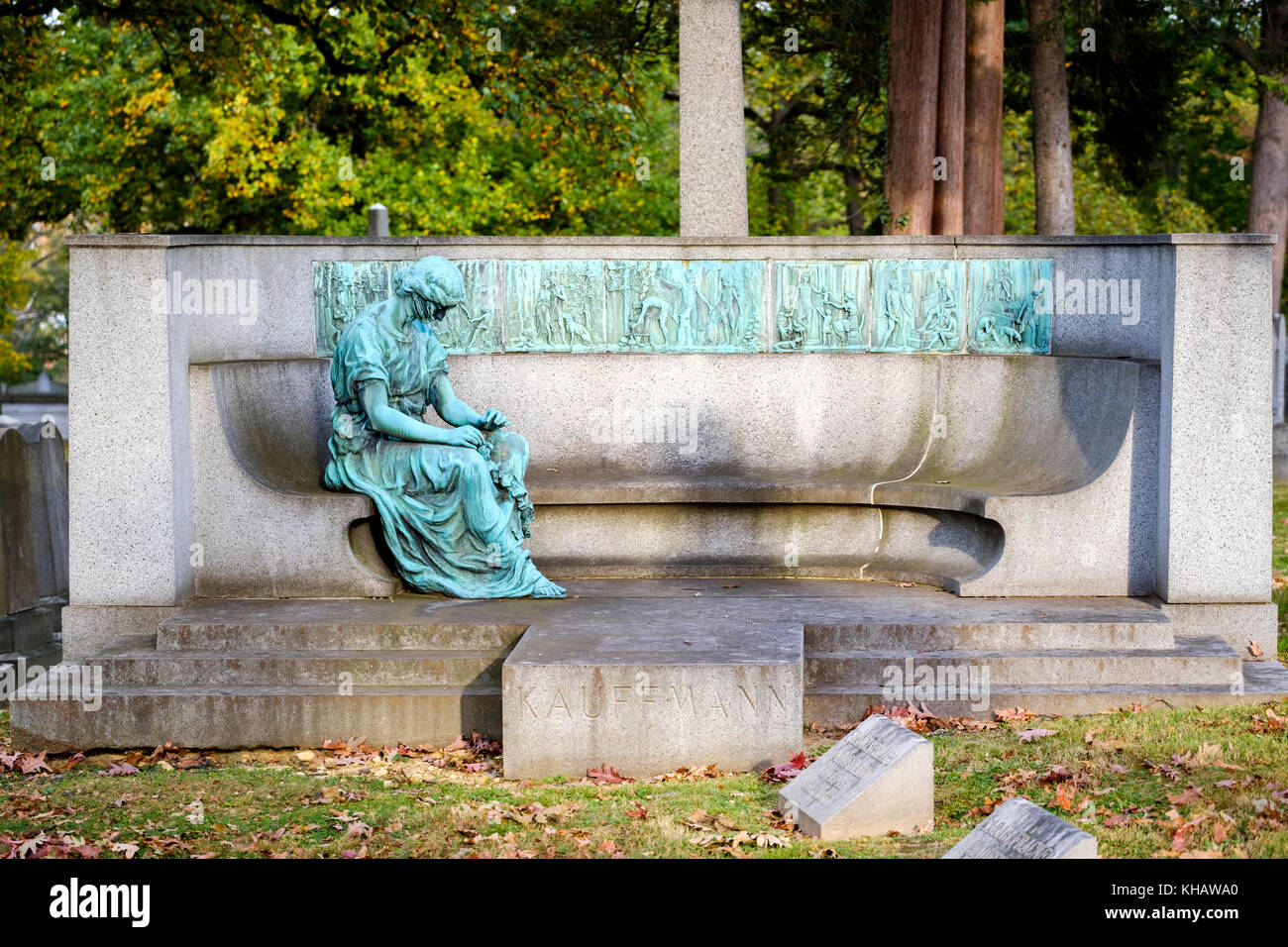 Kauffmann Memorial, Seven Ages of Memory, by William Ordway Partridge, tribute and grave for Samuel Kauffmann, Rock - Stock Image