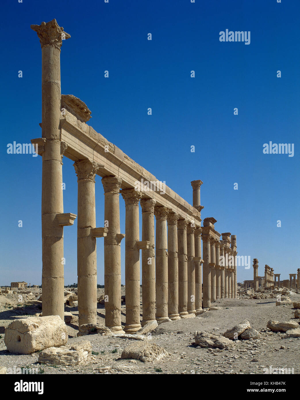 Syria. Palmyra city. The Great Colonnade. Roman Empire ruins. Tadmur, Homs. Photo before Syrian Civil War. Stock Photo