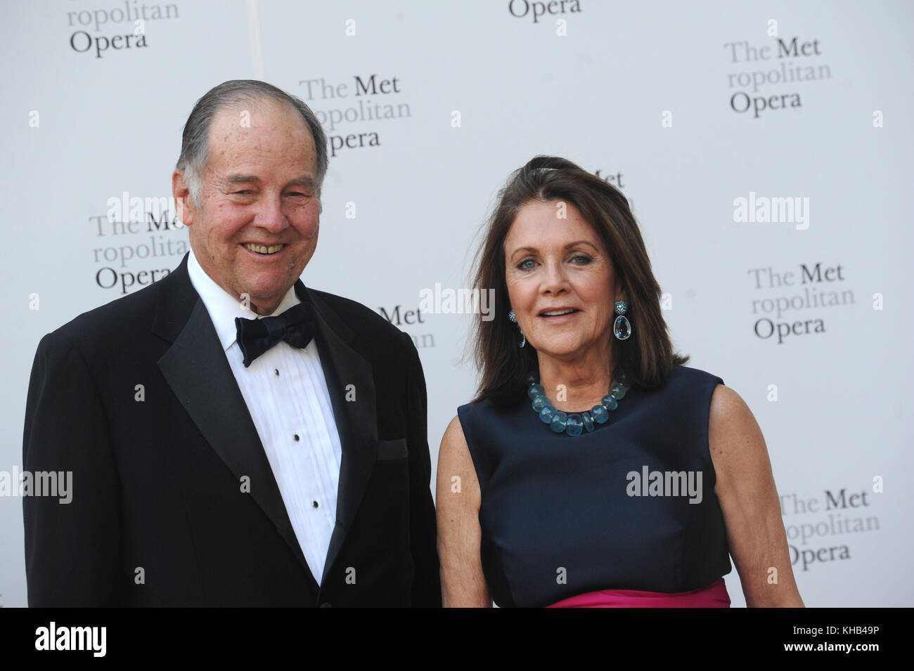 NEW YORK, NY - SEPTEMBER 25: Thomas Kean, Susan Braddock  attends Metropolitan Opera Opening Night Gala at Lincoln - Stock Image