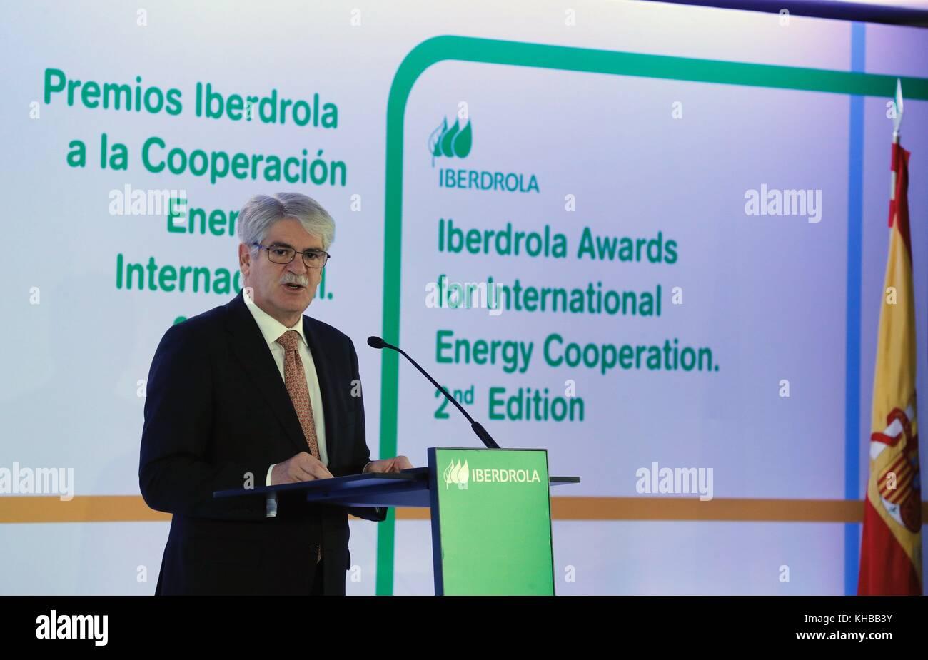 Madrid, Spain. 15th Nov, 2017. Spanish Foreign Minister, Alfonso Dastis, speaks during the II International Energy - Stock Image