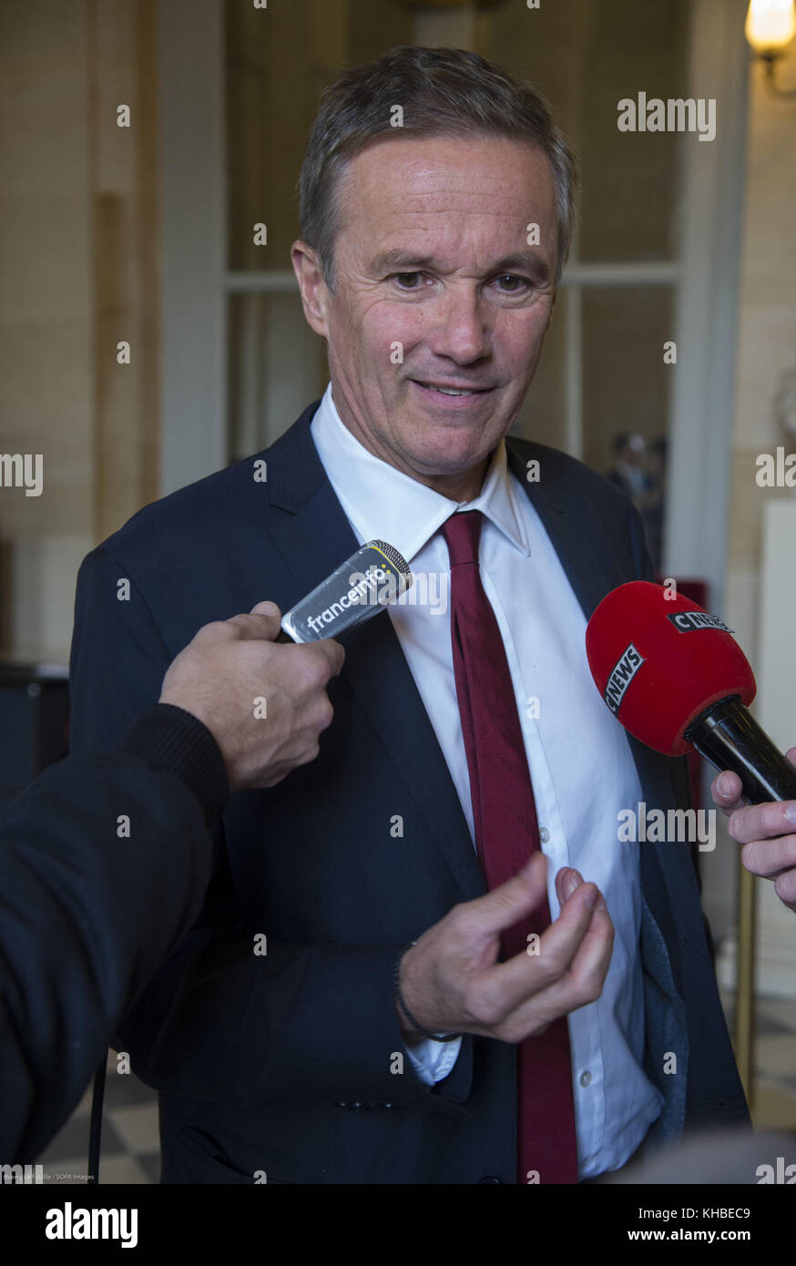Paris, France. 15th Nov, 2017. French right-wing politician Nicolas Dupont Aigan seen being interviewed by the media. - Stock Image