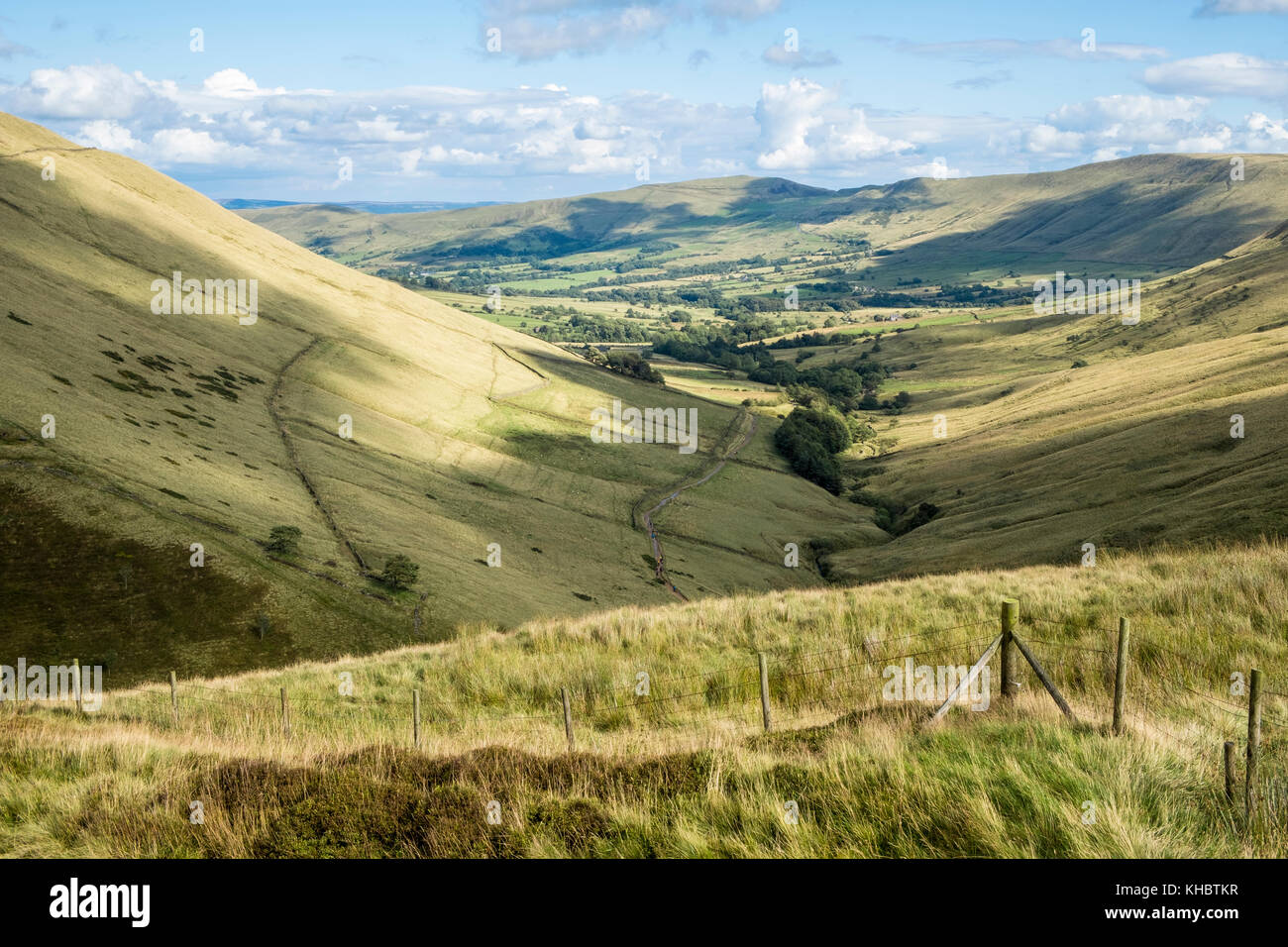 English countryside in the Vale of Edale, Derbyshire, Peak District National Park, England, UK - Stock Image