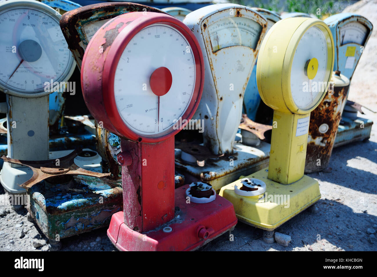 old rusty vintage scales - Stock Image