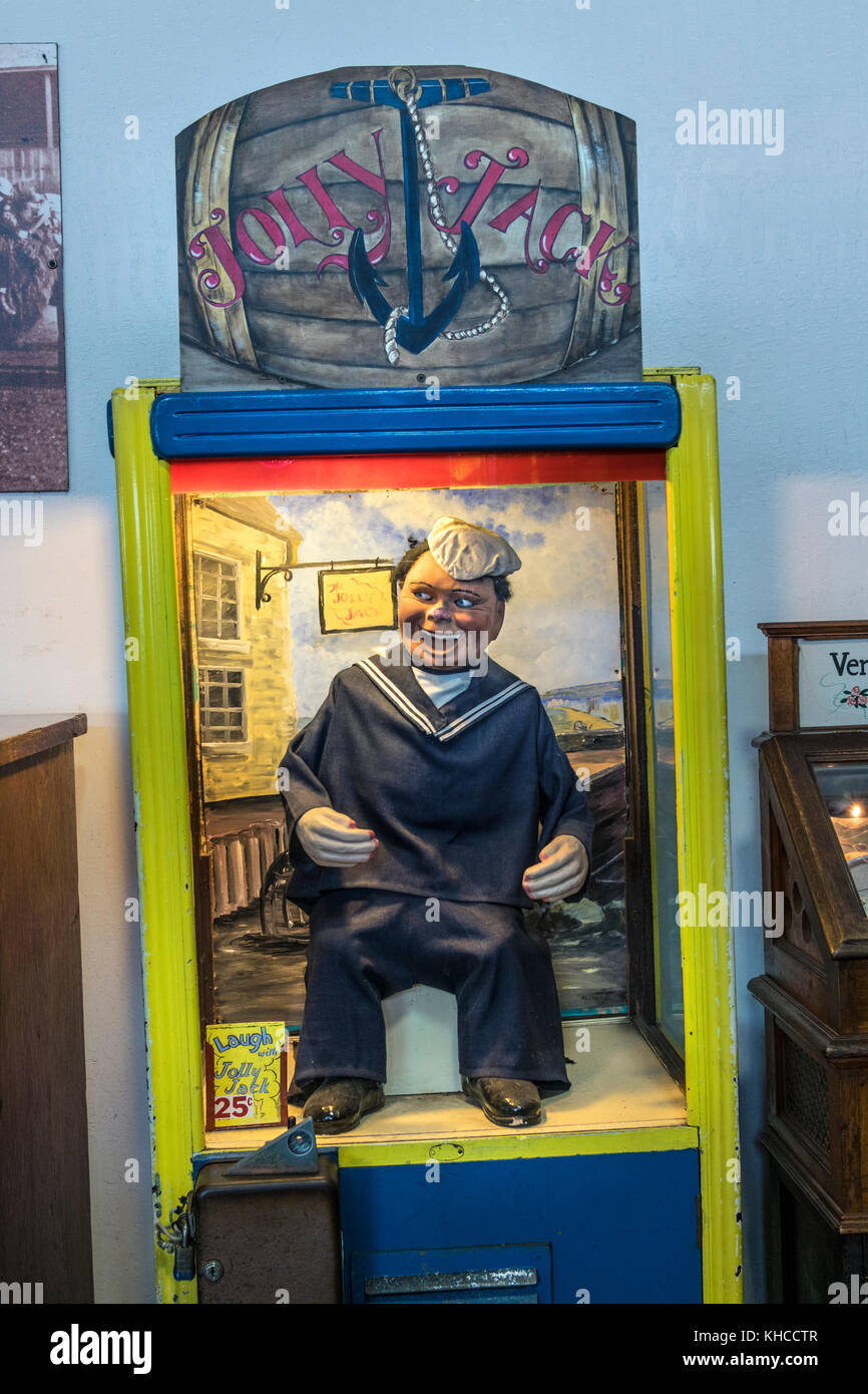 Vintage arcade movie machine in San Francisco featuring 'Jolly Jack' the laughing sailor California USA - Stock Image