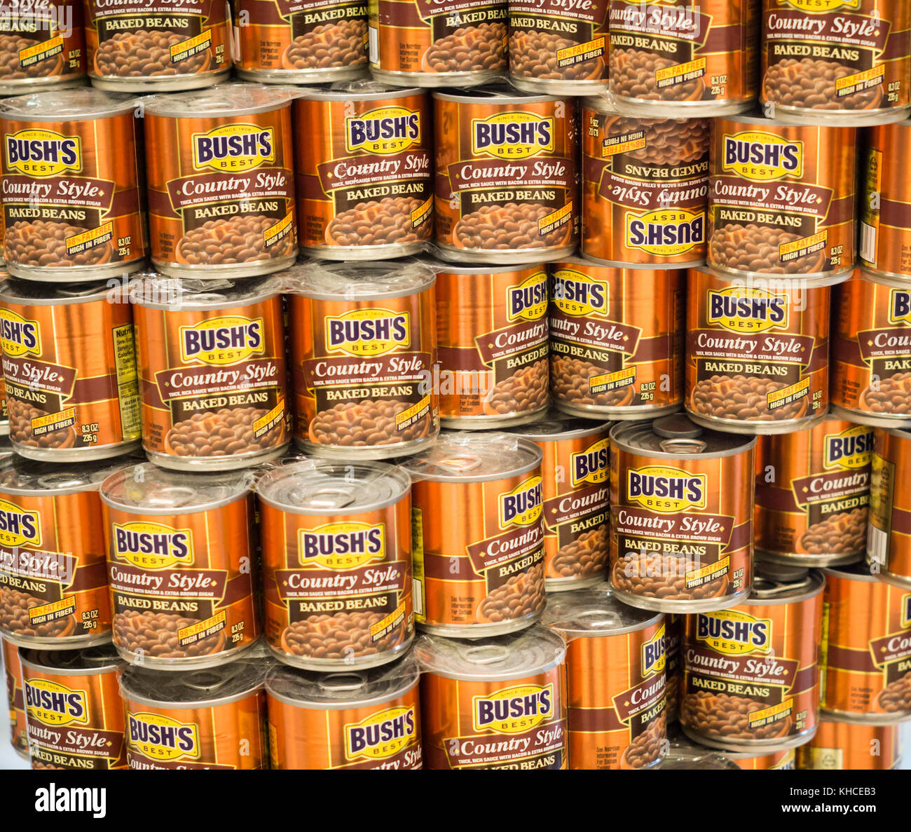 A display of Bush's brand baked bean cans in New York on Tuesday, November 7, 2017. (© Richard B. Levine) - Stock Image