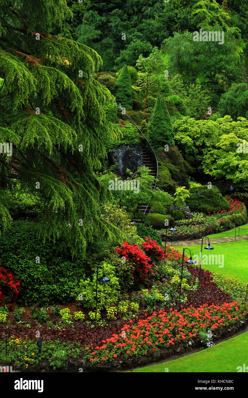 Butchart Gardens In The Rainy Day Beautiful Gardens On Vancouver